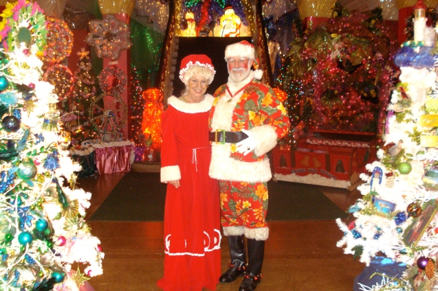 Kaua'i Festival of Lights - Photos with Santa